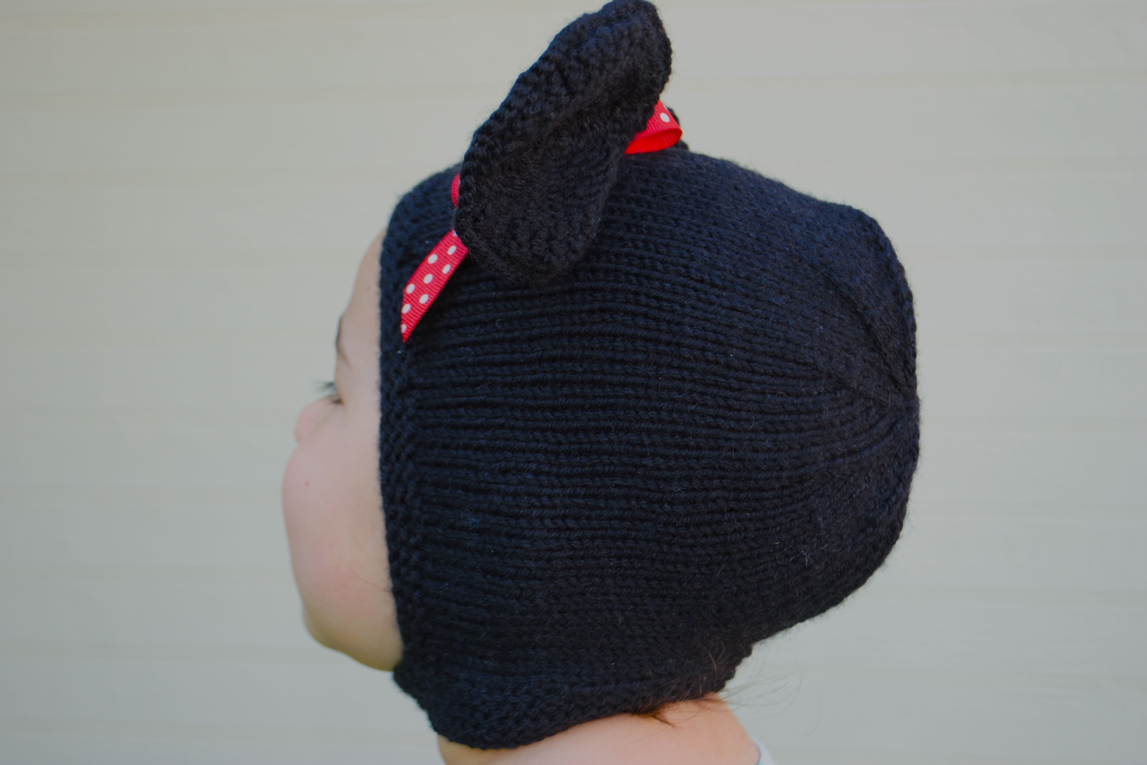 Knitted Minnie Mouse Hat Pattern : Minnie Mouse Knit Hat Pattern Joy Studio Design Gallery - Best Design
